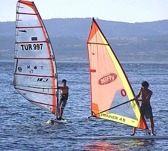 Gökçeada'da sörf turizmi gelişiyor