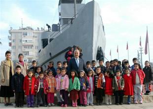 TCG Nusrat Gemisi jilet olmaktan kurtarıldı