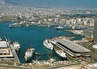 Yunanistan Rum gemilerini bırakmıyor
