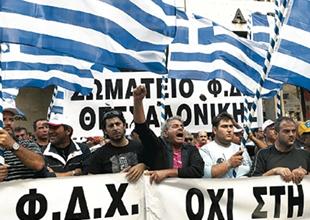 Yunanistan'da deniz ulaşımı yine duracak