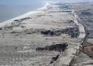 Tsunami bazı köylerde hasara yol açtı