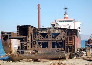 ASF, gemi söküm kararına karşı çıktı