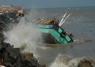 """Japonya, """"tsunami atık parası"""" ödüyor"""