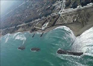 Karasu'da kıyı erozyonu devam ediyor