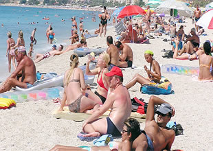 Alanya'da plaj ve denizde kirlilik denetimi