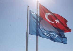 Tekirova Mavi Bayrak'larını yeniledi