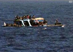 Hint Okyanusu'nda göçmen gemisi battı