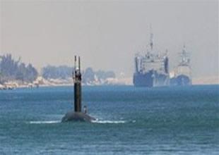 Nükleer denizaltı ile kruvaziyer çarpıştı