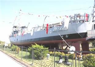 Gölcük'te müze gemide 6'ncı yıl kutlaması