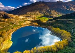 Dünyanın en romantik gölü büyülüyor!