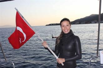 Deniz kızları Türkiye'ye iki madalya getirdi