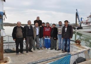Bafra'da 30 balıkçı teknesi mahsur!