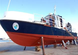 Yalova'da eğitim gemisi denize iniyor