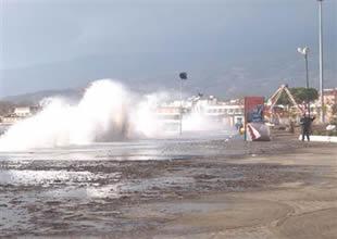 Ayvalık ve Burhaniye limanı kapatıldı