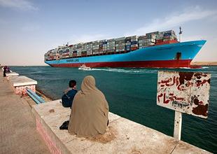 Mısır İskenderiye'de 2 liman kapatıldı