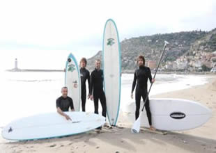 Alanya'da dalga sörfü sezonu açıldı