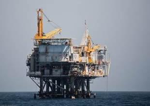 Güney Çin Denizi'nde tehlikeli seyir