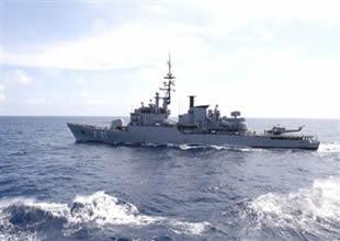 6 Rus savaş gemisi Ege'de bekliyor