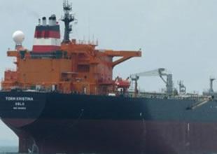 Korsanlar iki gemiye birden saldırdı