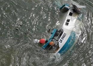 Göçmen teknesi alabora oldu: 10 ölü
