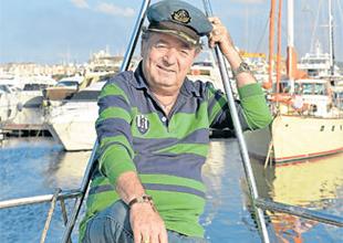 Sanatçı Kayahan teknesini  satışa çıkardı