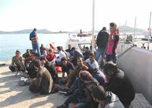 Kaçakları taşıyan tekne kaptanları çocuk