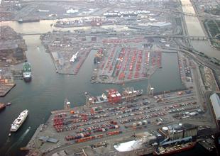 Long Beach limanı sevkiyatta rekor kırdı