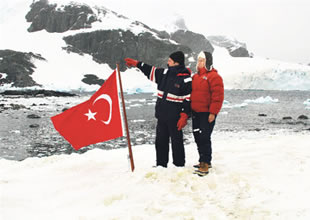 Antartika'ya Türk bilim Üssü kuracağız