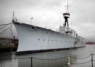 Donanmadan geriye HMS Caroline kaldı!