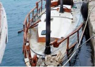 Girne'de batan tekne su yüzüne çıkarıldı