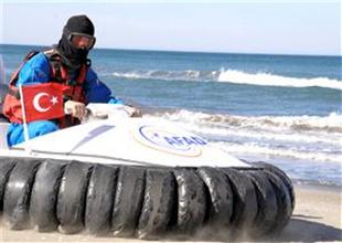 Türkiye'nin ilk uçan teknesi görücüye çıktı