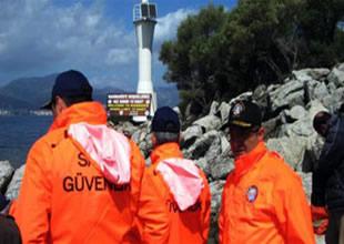 Marmaris'te denizcilere levhalı uyarı