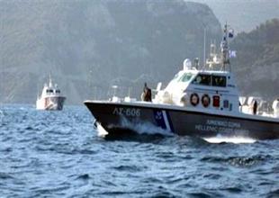 Yunan Sahil Güvenlik kaçakları bırakıp kaçtı