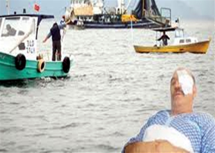 Kaçak teknelere izin vermedi, dayak yedi