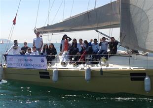 İlkokul öğrencileri geleceğe yelken açtı