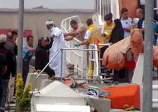 Dentur'un teknesi yolcu vapuruyla çatıştı