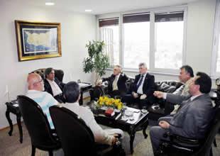 DENİZDER, Belediye Başkan'ını ziyaret etti