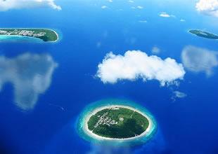 Maldiv'lerin yüzde 90'u sudan oluşuyor
