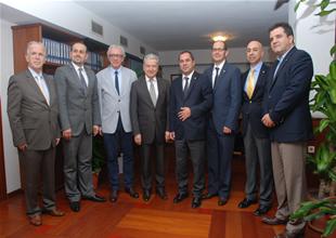 İMEAK DTO İzmir, İZTO'yu ziyaret etti