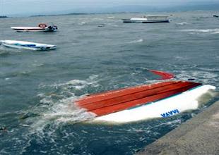 Fethiye'de 11 tekne birden alabora oldu