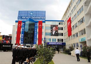 Piri Reis Üniversitesi gelecek vadediyor