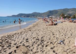 İdris Güllüce: Plajlara giriş 2-3 lira olacak