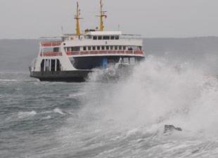 Çanakkale'de ada seferlerine fırtına geçit vermiyor