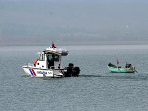Beyşehir Gölü'nde 54 balıkçıya para cezası kesildi