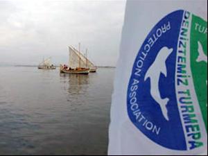 Ali Ağaoğlu'ndan TURMEPA'ya 350 bin liralık tekne bağışı