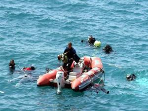 Ege Denizi'nde kaçakları taşıyan tekne battı: 7 ölü