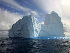 Kutuplardaki buzullar hızla tükeniyor