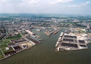 Rotterdam daha fazla şirket çekmeli