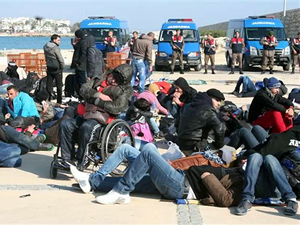 Jandarma insan kaçakçılığı çetesini çökertti