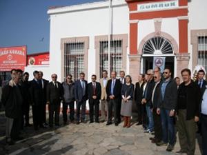 Ayvalık'ta  asırlık tarihi gümrük binası yenilendi